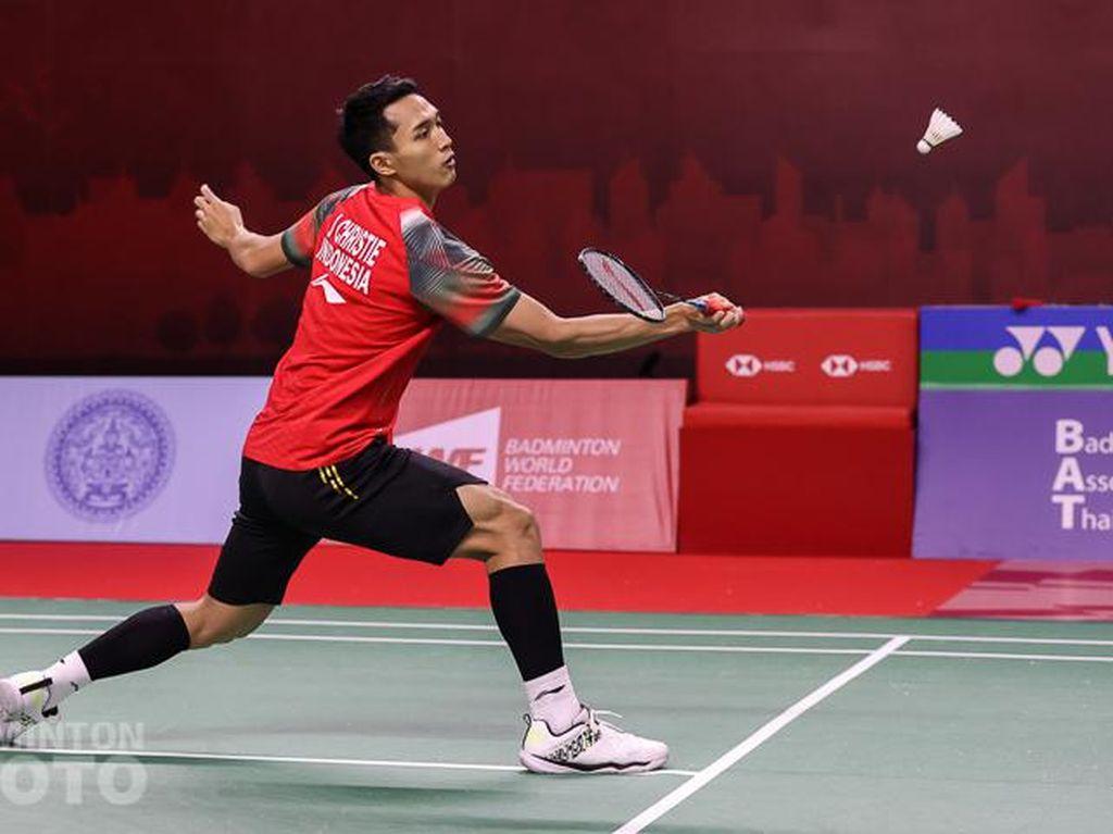 Hasil Thailand Open: Jonatan Kalah, Gagal Jumpa Anthony di Semifinal