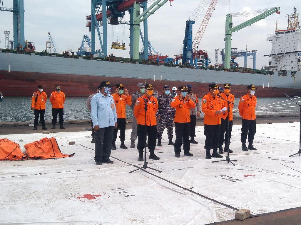 Jokowi Perintahkan Panglima TNI-Kabasarnas ke Lokasi Bencana Kalsel dan Mamuju