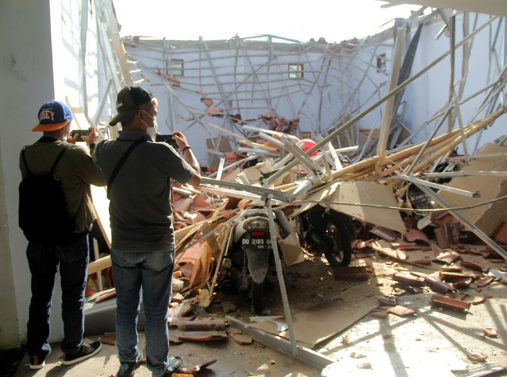 3 Operator Seluler Berjuang Perbaiki Jaringan Pasca Gempa Majene
