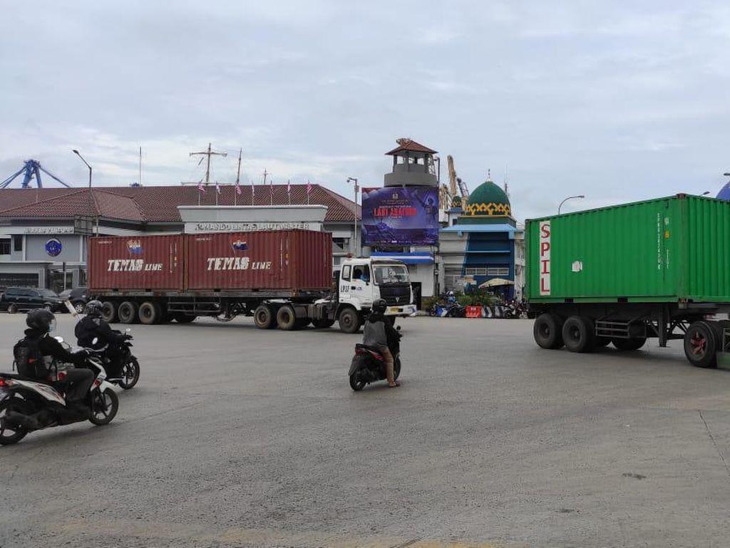 Simpang JICT Ramai Truk, Traffic Light Akan Dipasang Tengah Tahun 2021