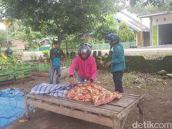 Warga Ngungsi ke Bukit, Jenazah Korban Gempa Majene Belum Bisa Dikuburkan