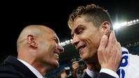 Man United Kontak Zidane... atas Rekomendasi Ronaldo?