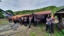 Brimob Polda Sulsel Diterjunkan ke Majene Bantu Korban Gempa Sulbar