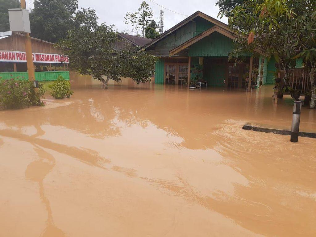 Kemensos Siapkan Dapur Umum di Lokasi Banjir Kalsel