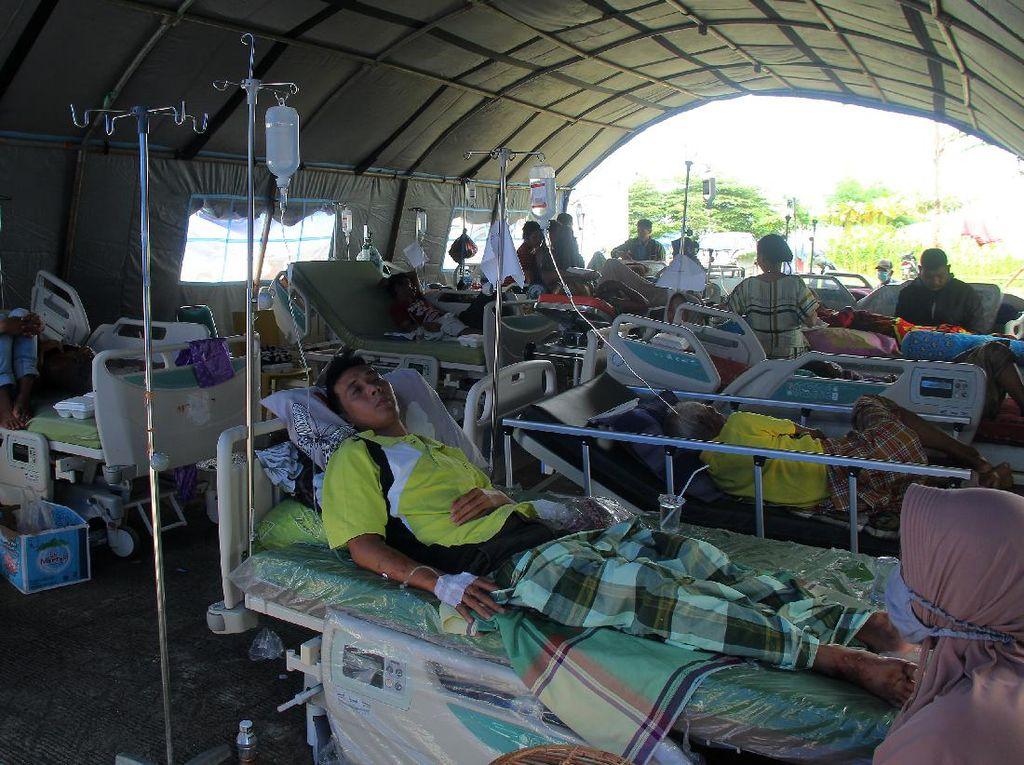 Dampak Gempa Sulbar: Pasien Dievakuasi ke RS Darurat, Stok APD Menipis