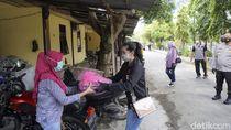 Keluarga Polisi di Bojonegoro Dibagikan Paket Imun Cegah COVID-19