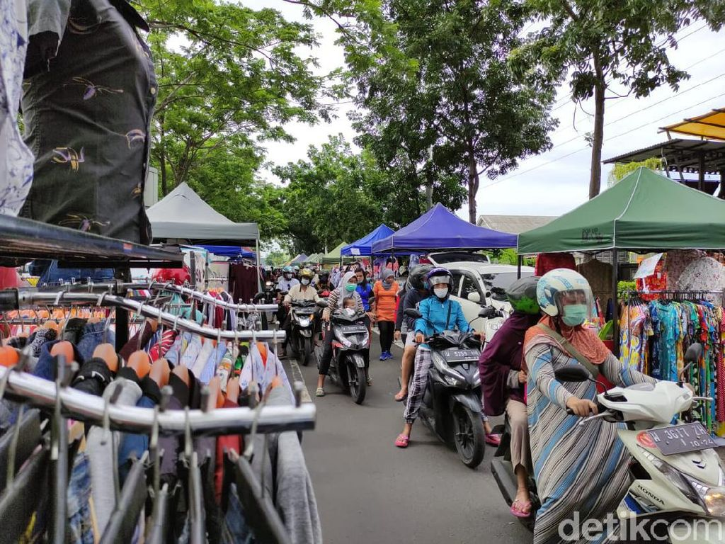 Pasar Dadakan Jalan Ponti Sidoarjo Ramai Didatangi Warga, Begini Kondisinya