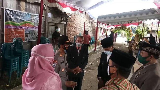 Timbulkan Kerumunan, Pesta Nikah Warga Ngawi Dibubarkan Satgas Corona