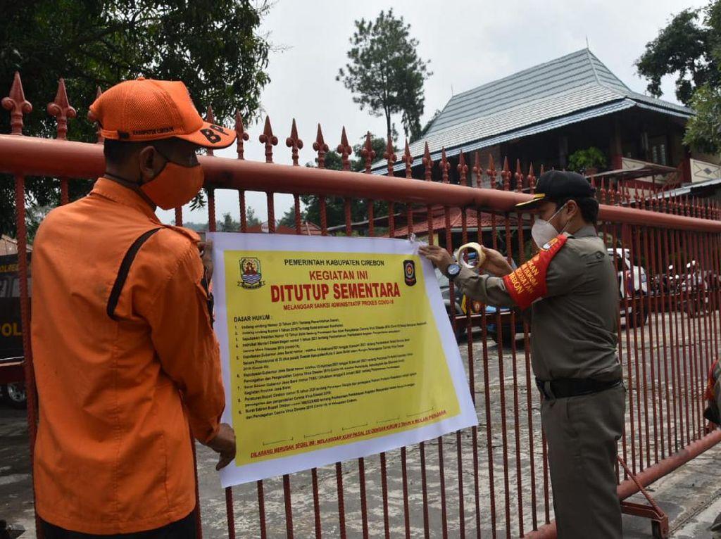Langgar PPKM, Rumah Makan Disegel Satgas COVID-19 Cirebon