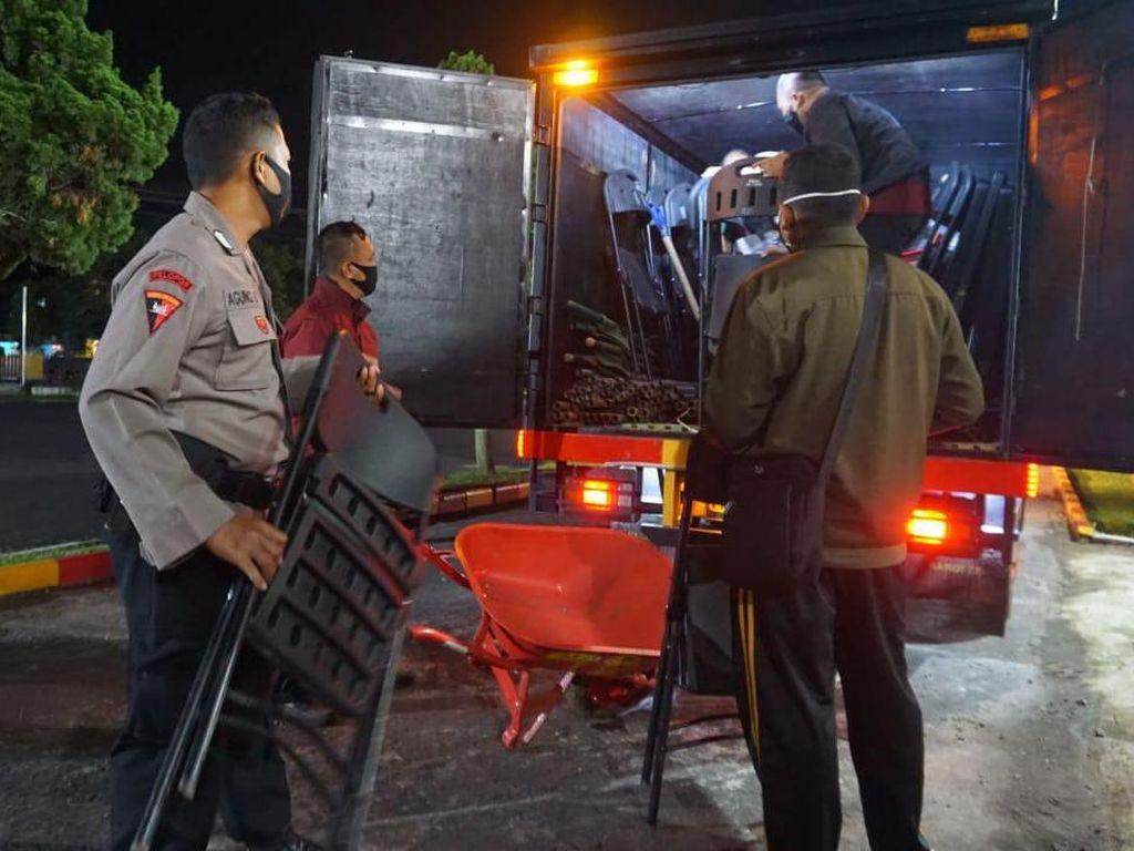 Semeru Semburkan Awan Panas, 300 Brimob Jatim Diterjunkan