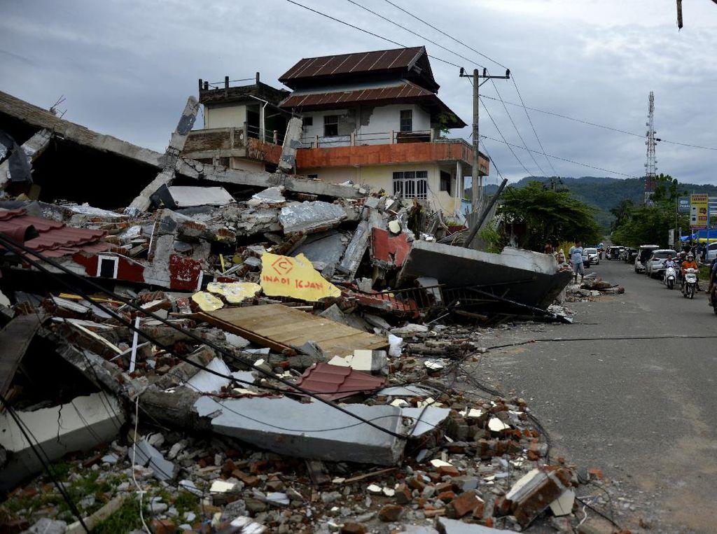 Korban Meninggal Akibat Gempa Sulbar Bertambah Jadi 81 Orang