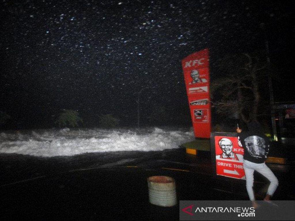 BMKG: Banjir di Pesisir Manado Bukan Tsunami, Warga Tak Perlu Panik