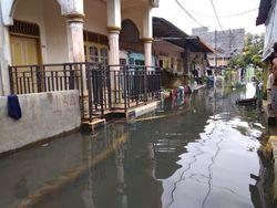 Banjir Lebih dari Sebulan di Medan, Pemko Diminta Sulap DAS Jadi Jalur Hijau