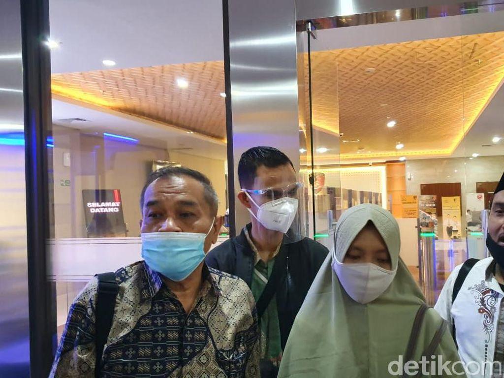 Ke Bareskrim, Istri Minta Ustadz Maaher Dibawa ke RS karena Kurang Fit