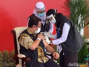 Vaksinasi di Jatim: 2.959 Orang Sudah Divaksin, 115 Tak Lolos Screening