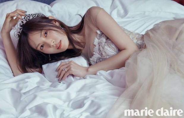 Kim Seo Yeon dalam pemotretan majalah Marie Claire Korea / foto: instagram.com/sysysy1102