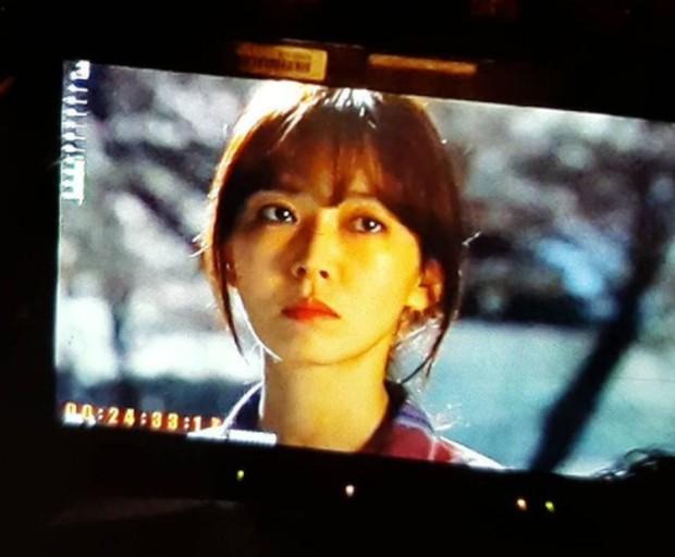 Kim Seo Yeon, ketika berperan sebagai wanita yang diliputi kesedihan dalam drama Happy Home / foto: instagram.com/sysysy1102