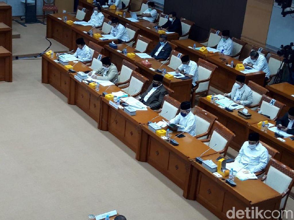 Komisi VIII DPR Gelar Rapat Perdana Bareng Menag Yaqut Cholil Quomas