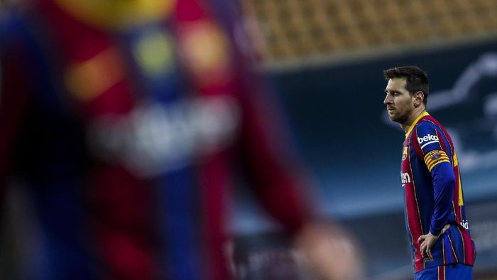 Barcelonas Lionel Messi during the Spanish Supercopa final soccer match between FC Barcelona and Athletic Bilbao at La Cartuja stadium in Seville, Spain, Sunday, Jan. 17, 2021. (AP Photo/Miguel Morenatti)