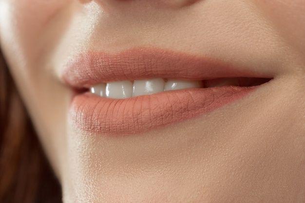 Lipstik Nude/Foto: Freepik.com