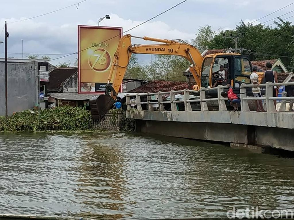 Minta Bantuan Penanganan Banjir, Pemkab Lamongan Kirim Surat ke Pemerintah Pusat