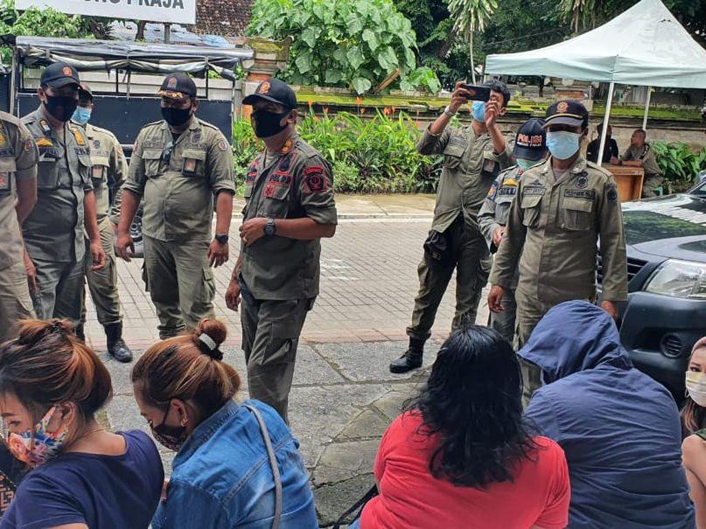 Satpol PP Denpasar Jaring 18 PSK Asal Luar Daerah