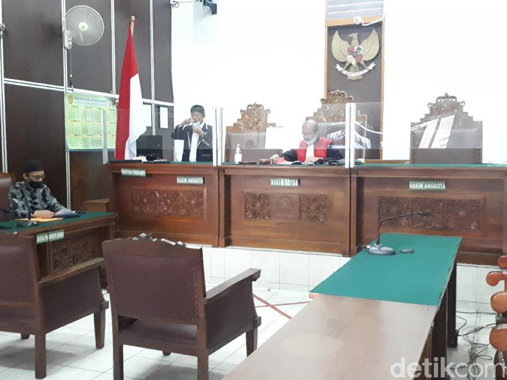 Polri Tak Hadir, Hakim Tunda Sidang Praperadilan Keluarga Laskar FPI yang Tewas