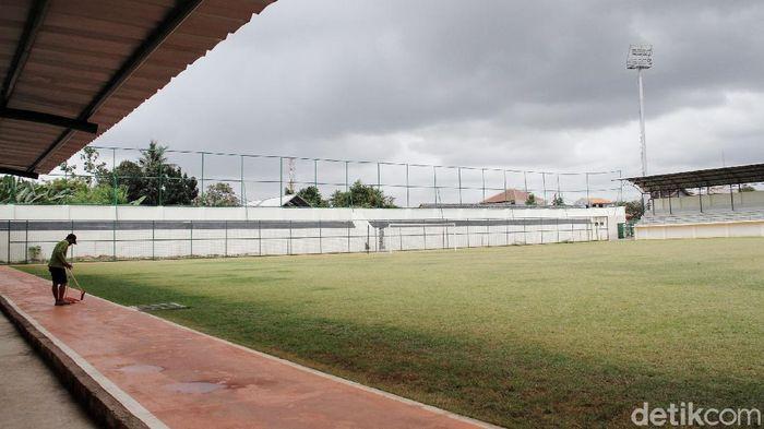 Renovasi Stadion Merpati Depok telah rampung. Kini stadion yang terletak di Jalan Gelatik Raya itu masuk dalam kategori Liga 2.