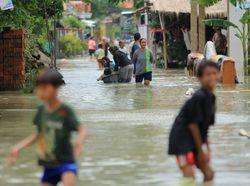 Foto: 3 Wilayah di Pesisir Utara Terendam Banjir