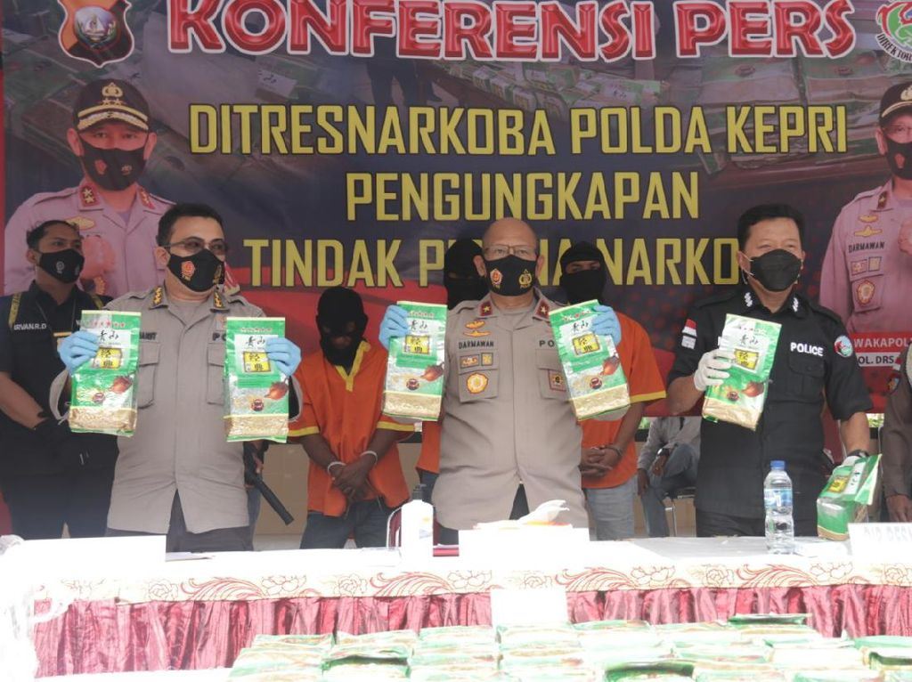 Mafia Sabu Malaysia-Indonesia di Kepri Simpan Narkoba di Gudang Musala