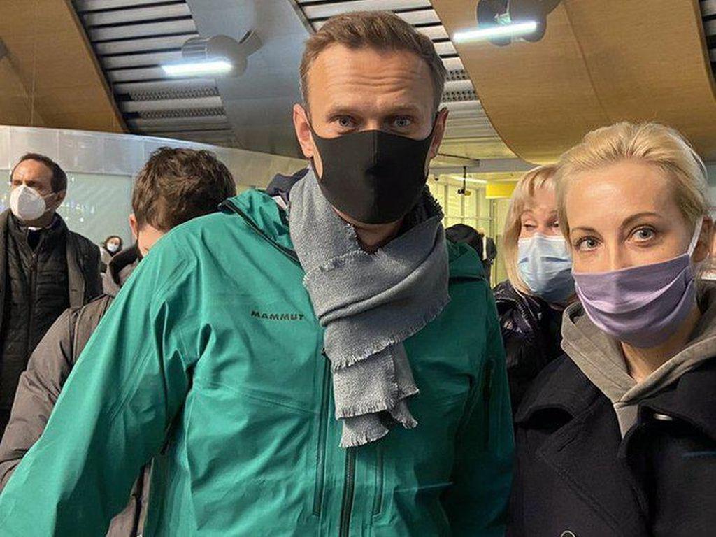 Uni Eropa Minta Rusia Bebaskan Alexei Navalny