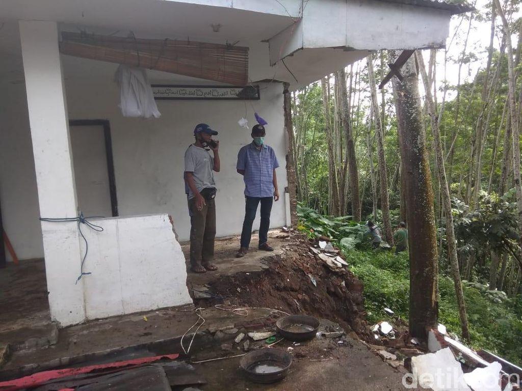 BPBD Kota Malang Sebut Ada 20 Titik Longsor dan 14 Lokasi Banjir