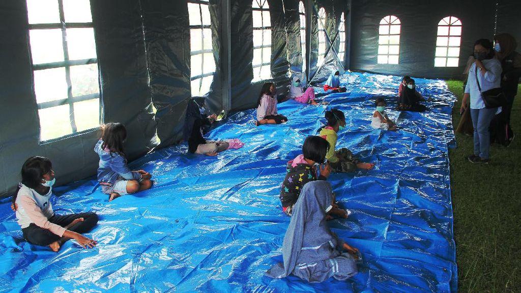 Trauma Healing untuk Anak-anak Korban Gempa di Mamuju