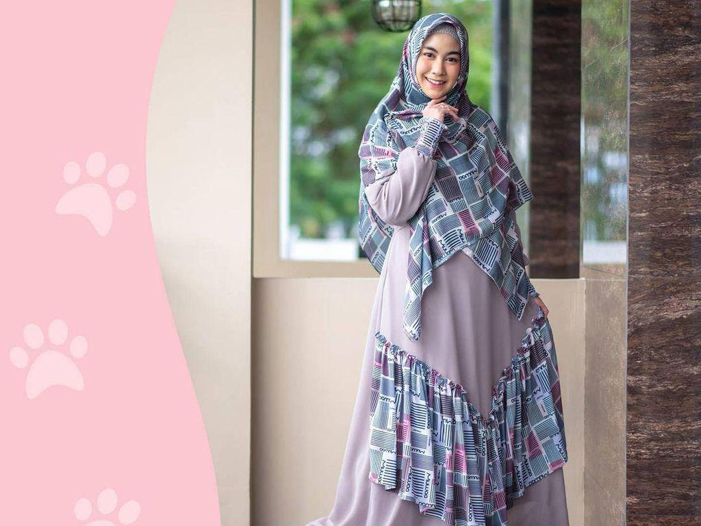 Anisa Rahma Rilis Sepatu Syari, Namanya Terinspirasi Kucing di Arab