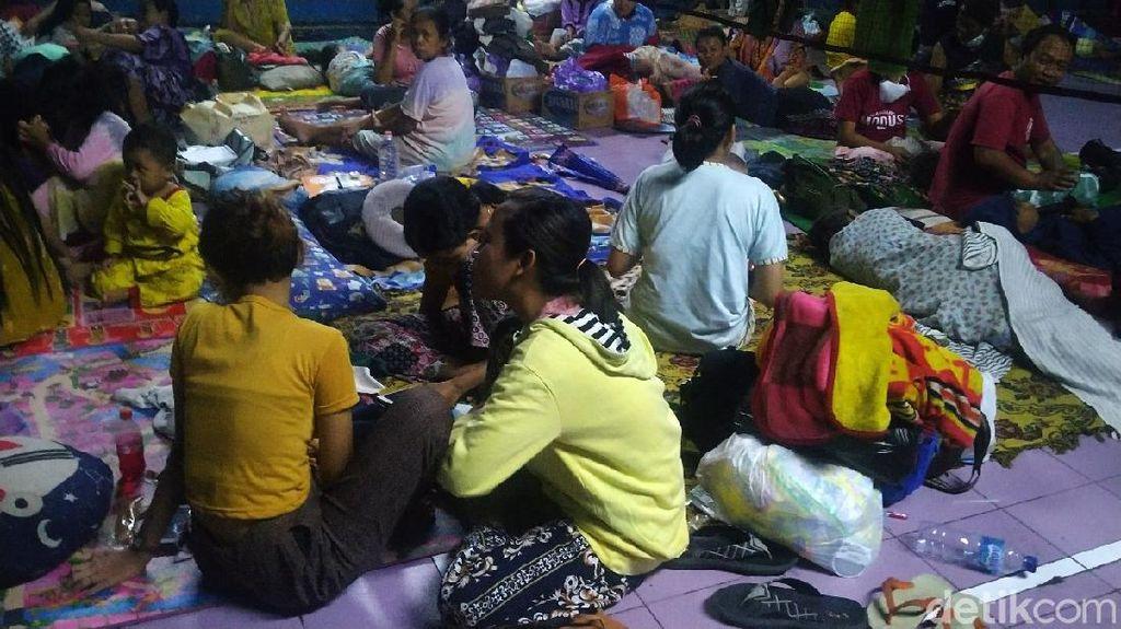 Kondisi Pengungsi Banjir di Pekalongan