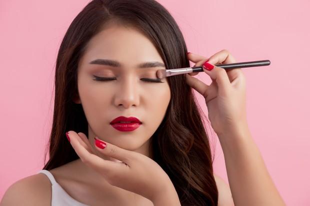 Belajar makeup untuk pemula