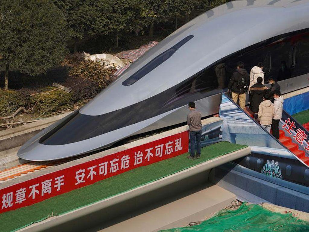 China Bikin Kereta Maglev Berkecepatan 620 Km/Jam