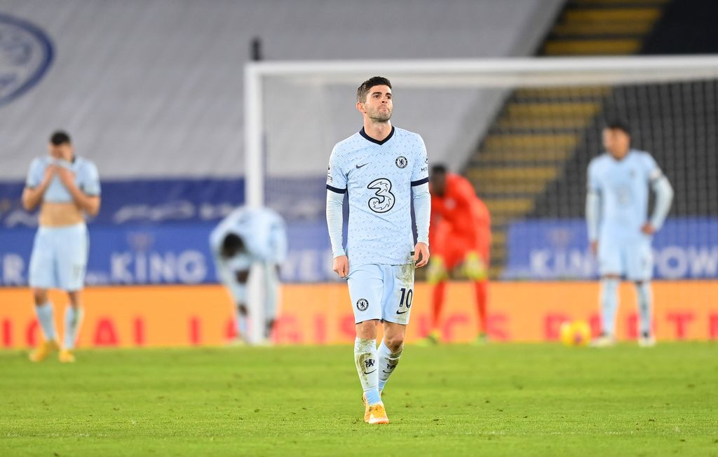 LEICESTER, ENGLAND - JANUARY 19: Christian Pulisic of Chelsea reacts after their side concedes during the Premier League match between Leicester City and Chelsea at The King Power Stadium on January 19, 2021 in Leicester, England. Sporting stadiums around the UK remain under strict restrictions due to the Coronavirus Pandemic as Government social distancing laws prohibit fans inside venues resulting in games being played behind closed doors. (Photo by Michael Regan/Getty Images)