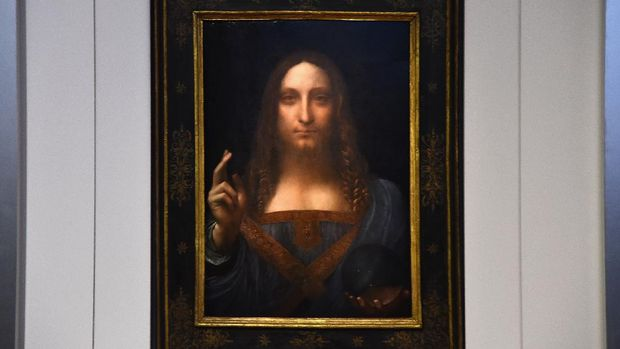 NEW YORK, NY - OCTOBER 10: Christie's unveils Leonardo da Vinci's 'Salvator Mundi' with Andy Warhol's 'Sixty Last Suppers' at Christie's New York on October 10, 2017 in New York City.   Ilya S. Savenok/Getty Images for Christie's Auction House/AFP