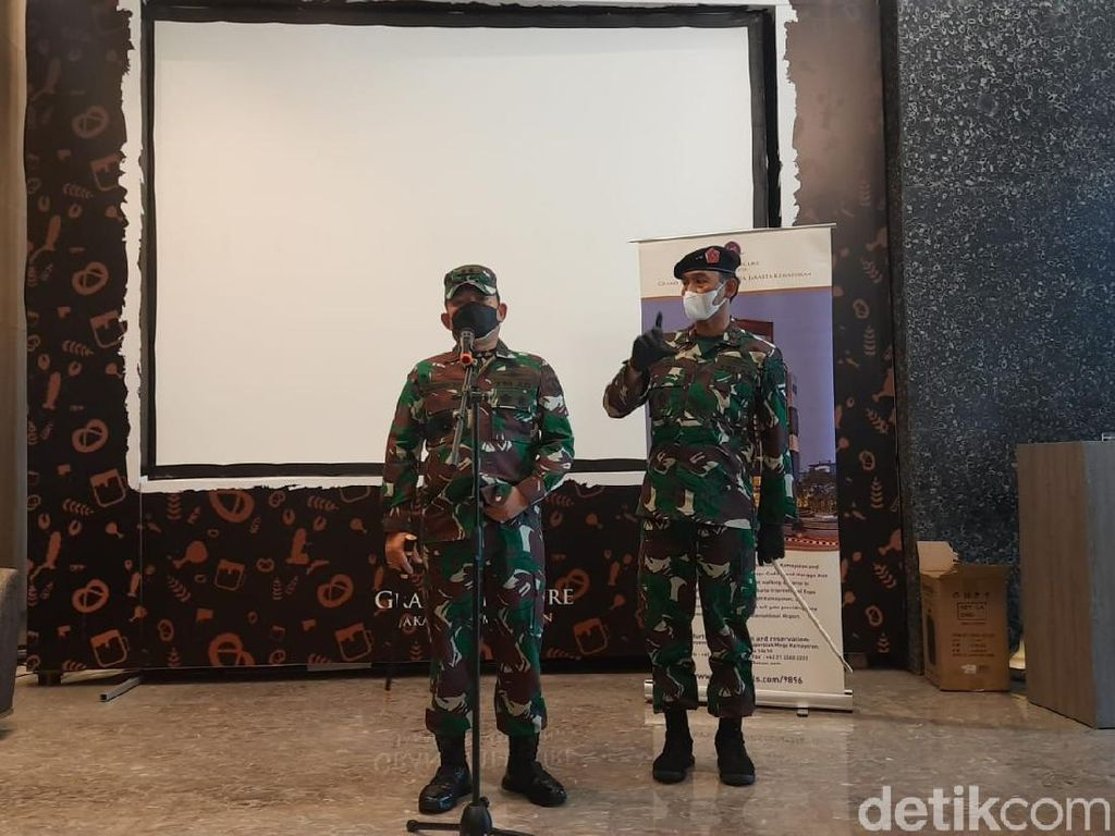 Pangdam Jaya Cek Proses Tes Swab Pasukan TNI yang Baru Tiba dari Lebanon