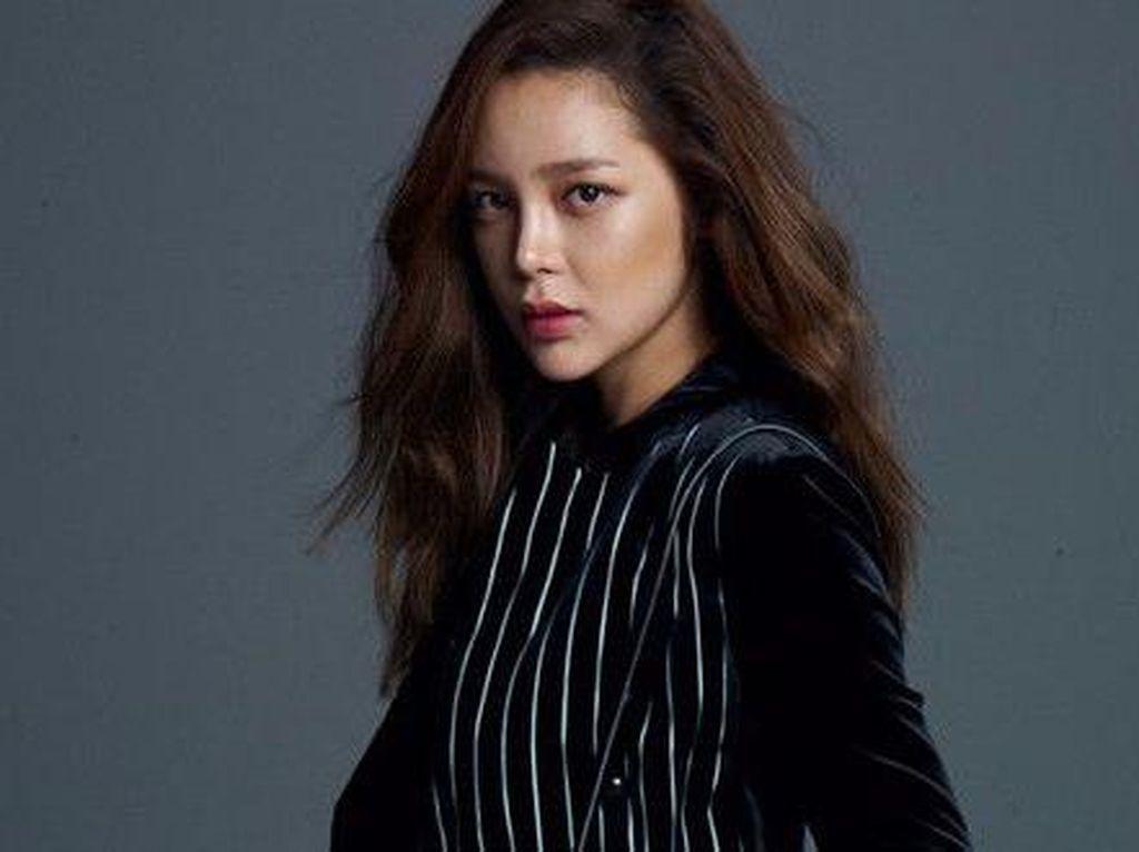 Aktris Park Si Yeon Alami Kecelakaan dalam Keadaan Mabuk