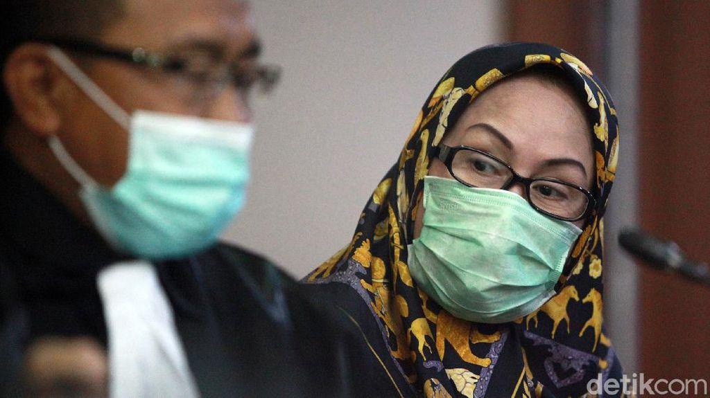 Ratu Atut Hadirkan Saksi Ahli Hukum Pidana di Sidang PK