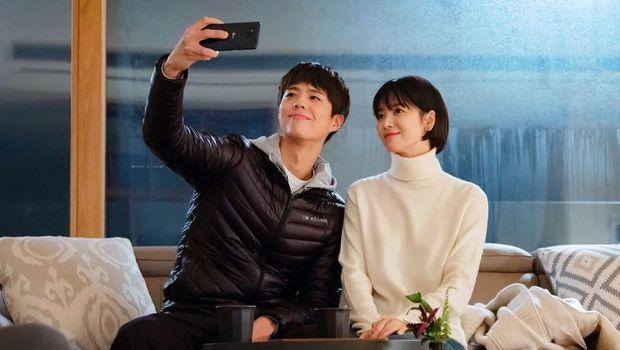 Song Hye Kyo dan Park Bo Gum/Sumber:instagram.com/tvn.asia