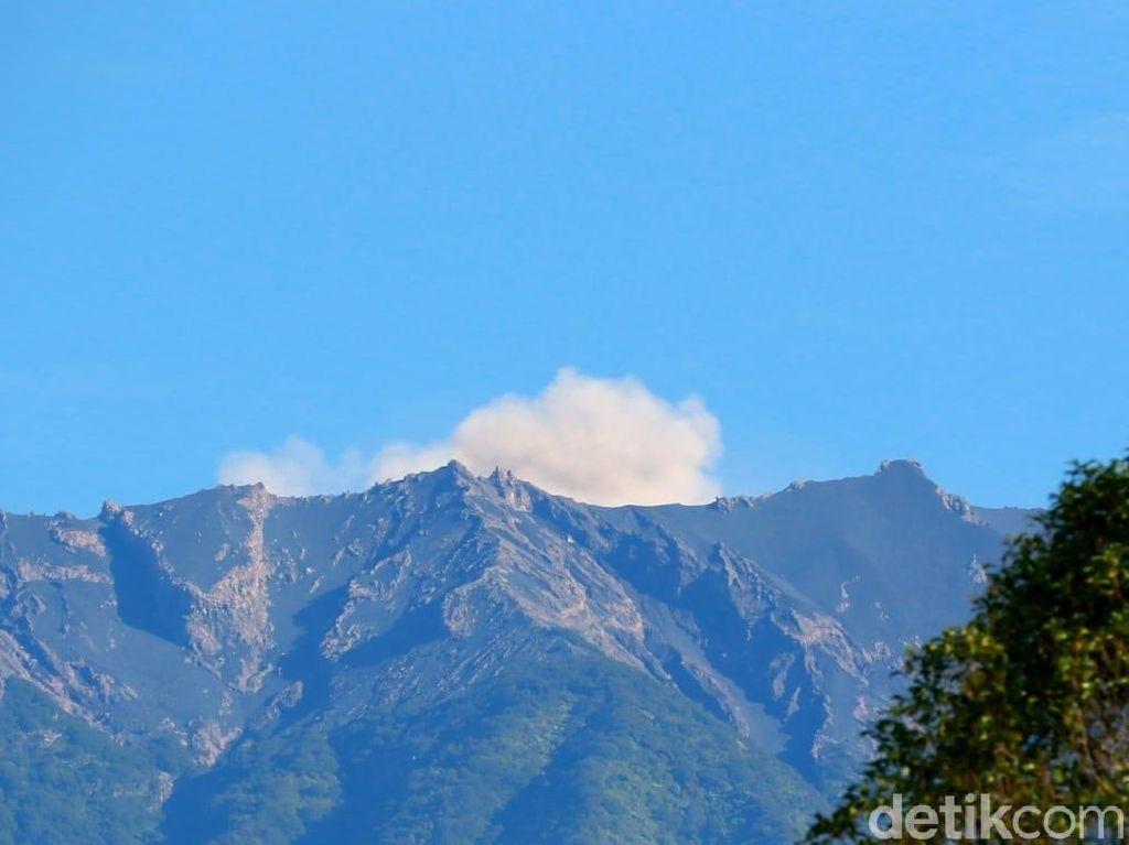 Gunung Raung Erupsi, Jalur Pendakian Ditutup