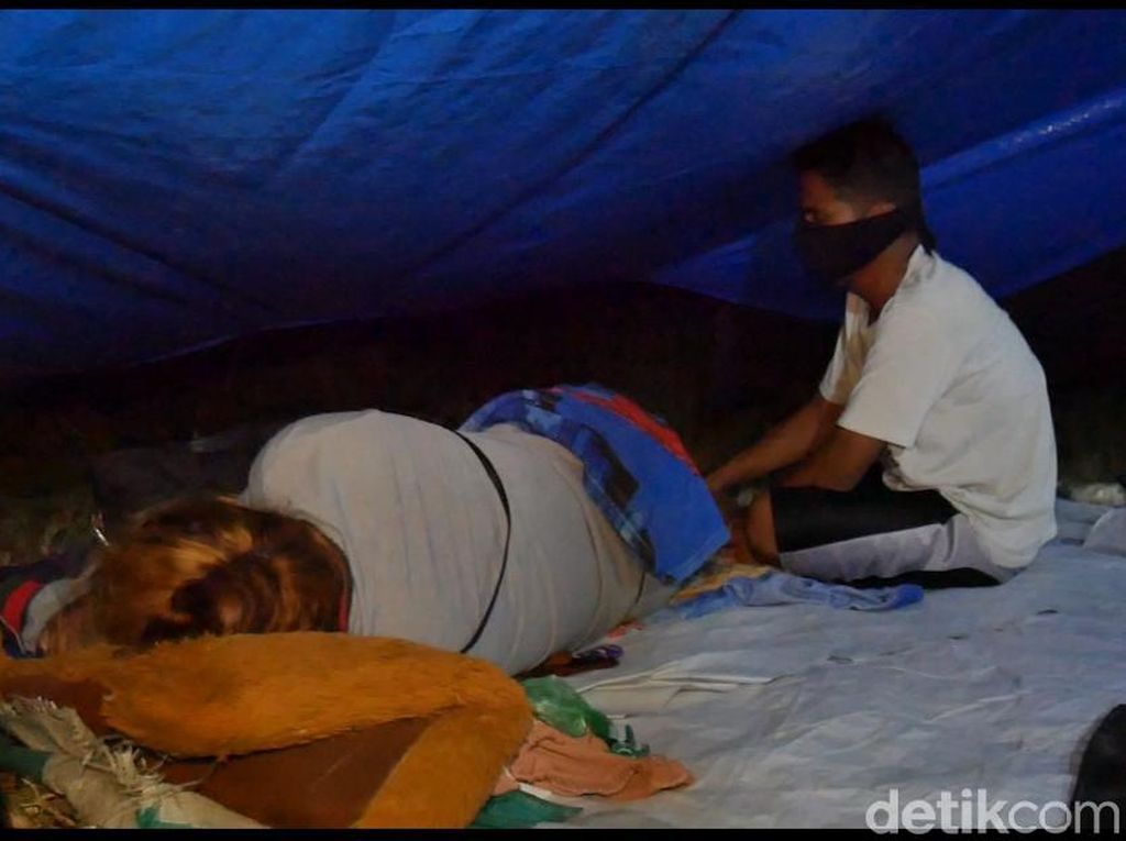 Cerita Korban Gempa Sulbar Demam, Tenda di Pengungsian Tipis dan Bocor