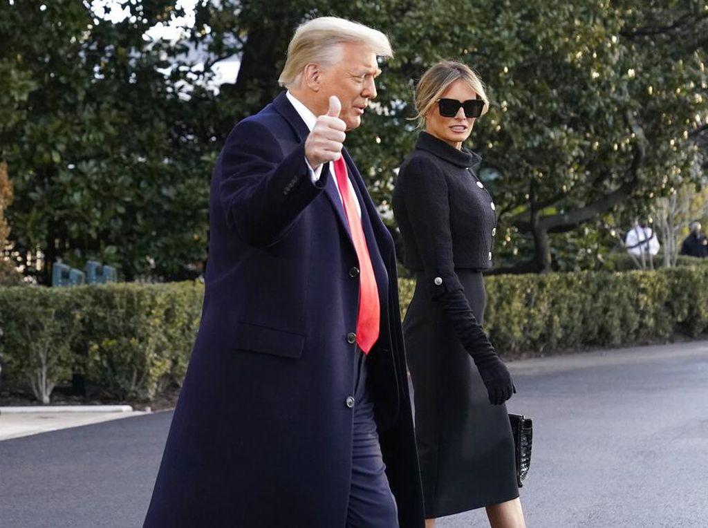 Trump Diam-diam Sudah Divaksin, Jepang Minta China Setop Tes Swab Pantat