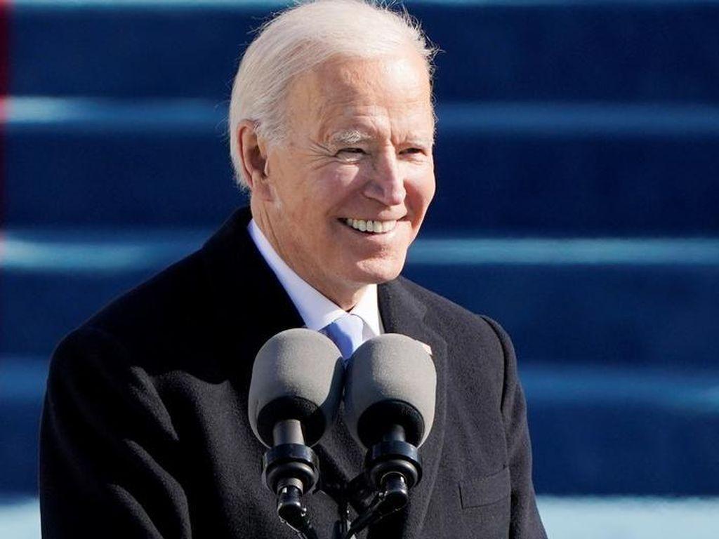 Resmi Dilantik, Joe Biden Serukan Persatuan dan Akhiri Perang Tak Beradab