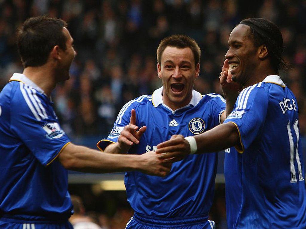 Terry Pamer Rekor Kandang Chelsea yang Gagal Didekati Liverpool