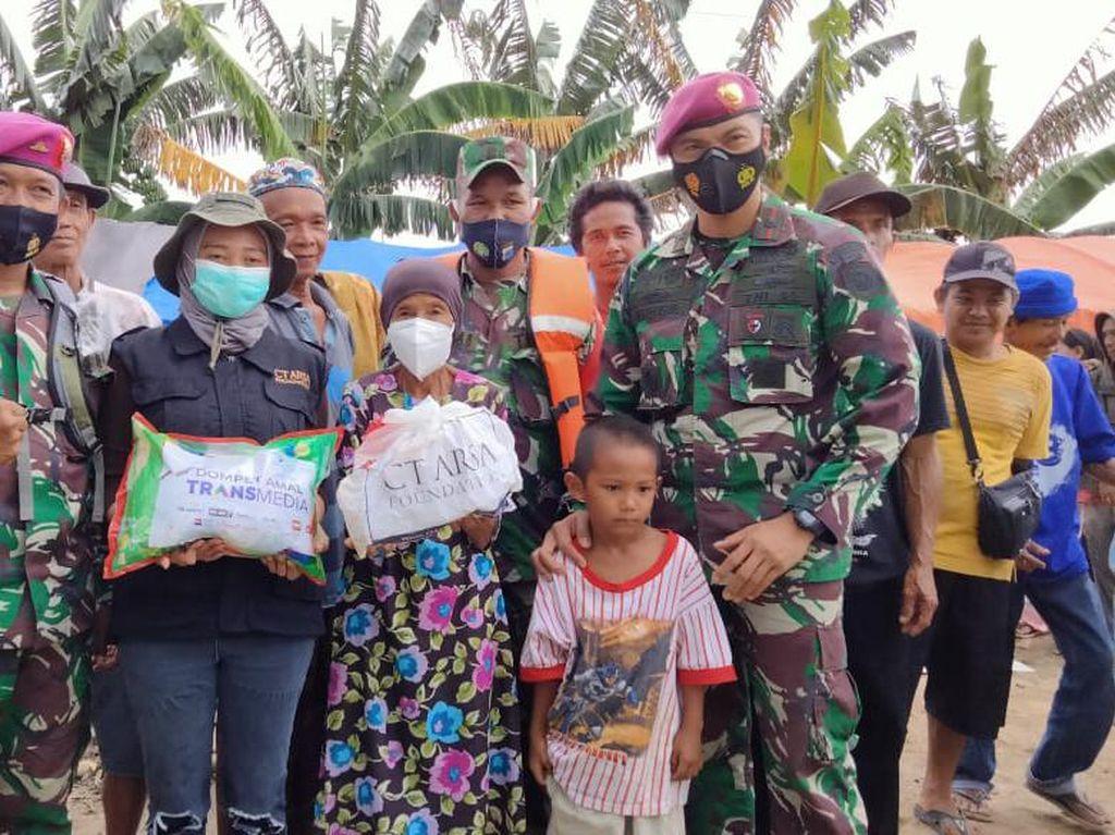 CT Arsa Foundation Distribusikan Bantuan Logistik ke Korban Banjir Kalsel