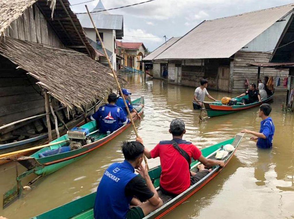 Distribusi Bantuan untuk Korban Banjir Kalsel